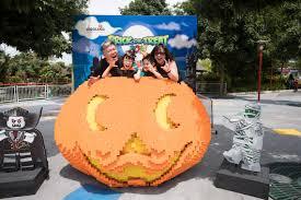 Pumpkin Patch Parable Youtube by Legoland Malaysia Halloween Brick Or Treat 2017 Life U0027s Tiny Miracles