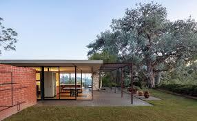 100 Glass Modern Houses Historic Case Study House Built Like Pavilion Over