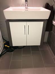 badezimmer unterschrank wandschrank in 1010 wien für 60 00