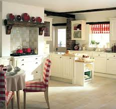 cuisine cottage ou style anglais cottage kitchen succumb to the charm of the style kitchen