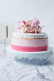 Hochzeitstorte Mit Erdbeeren Und Limetten Himbeer Limette Hochzeitstorte Culirena