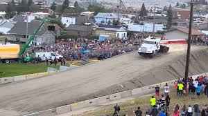 100 Truck Jump World Record Semi