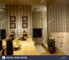 modernes badezimmer orientalisch inspirierte badewanne