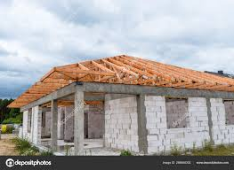 100 House Trusses Roof Covered Ceramic Tile Detached