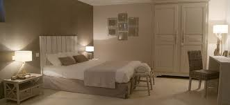 chambre taupe couleur taupe et peinture couleur salon sur idee deco