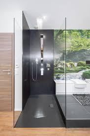 wie im regenwald ein einzigartiges bad gestalten