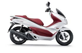 Honda PCX 150 Reviews