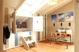 cabane dans chambre cabane chambre fille couleur chambre fille garcon et lit cabane