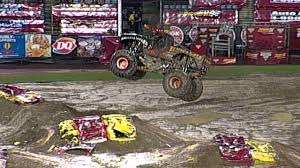 Monster Jam - El Toro Loco Monster Truck Freestyle From Jacksonville ...
