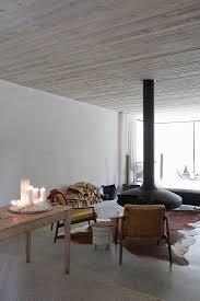 schwebender kamin im minimalistischen bild kaufen
