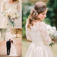 2015 Vintage Country Satin Wedding Dresses For Rustic Brides Sale Cheap Sheer Lace Crew Neck Long