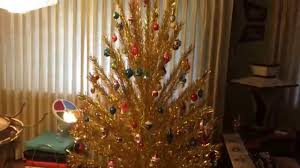 Christmas Tree 7ft by Vintage Evergleam 7ft Gold Aluminum Christmas Tree Youtube