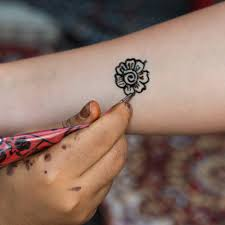 5 Key Differences Between Permanent And Temporary Tattoos