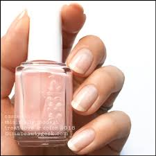 ESSIE TREAT LOVE COLOR 2018 Cosmetics And Nails Nails Essie
