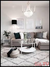 sch nes kleines wohnzimmer in neutralen farben grau beige