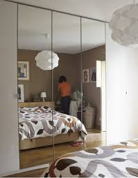 feng shui miroir chambre chambre à coucher feng shui les miroirs le du lit le