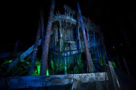 Lake Compounce Halloween 2015 by Universal Orlando Resort Archives