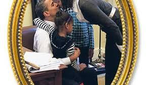 das weiße haus innen bei obamas unterm sofa panorama