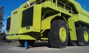 100 Biggest Trucks In The World The Worlds Largest Truck Henry Cant Quite Believe It