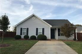 Bed And Biscuit Greensboro Nc by 2814 Green Crest Ct Greensboro Nc 27406 Mls 854776 Redfin