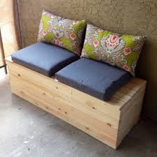 diy storage bench for the balcony ideetjes pinterest diy