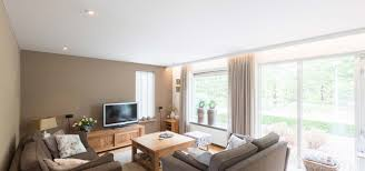 wohnzimmerdecke renovieren plameco spanndecke schnell sauber