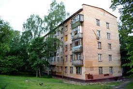 100 Apartments In Moscow Renovation Program To Destroy S Greenest Neighborhoods