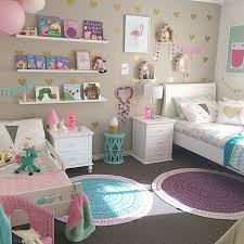 18 Shared Girl Bedroom Decorating Ideas