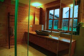 welche vorteile bietet ein bad unterschrank aus nussbaum