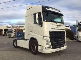 100 Volvo Truck Center FH13 4x2 Cab Over Engine Snlcom