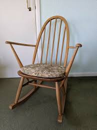 Ercol Quaker Rocking Chair | In Portishead, Bristol | Gumtree Black Classic Americana Style Windsor Rocker Feature Chair Upgraded Fniture Store Furni Quaker 428 Child Rocking By Ercol 1960s Oak Chairs Frasesdenquistacom Carver Ding Chair 912 Originals Chairmakers Armchair Ebay Ercol Spindle Back Chairs Wooden Round Quaker Rocking Blonde In Liskeard Cornwall Gumtree Goldsmith Nationwide Delivery Model 315 By Lucian Randolph Ercolani For Vintage Quaker Rocking Chair Leifdesignpark
