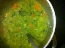 recettes de cuisine avec le vert du poireau soupe de légumes aux poireaux brocoli carottes la cuisine
