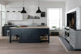 cuisine gris bois tendance cuisine 55 exemples avec la couleur grise