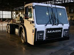 100 New Mack Trucks To Unveil Electric LR Model Refuse Truck Tank Transport Trader