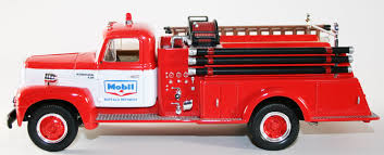 First Gear 1957 International R-190 Fire Truck Mobil No. 2 - Chicago ...