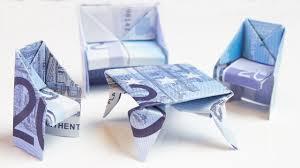 geldgeschenk idee zum einzug bett aus geldschein
