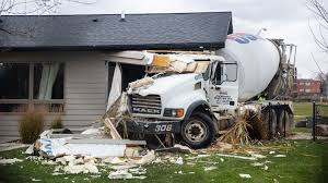 Des Moines Crime: Cement Truck Driver Who Hit Des Moines Home Arrested