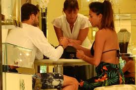Nicole Scherzinger Shower by Nicole Scherzinger And Grigor Dimitrov Spotted Shopping For Rings