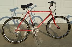 VINTAGE 1985 SCHWINN Sierra Red Mountain Bike 21