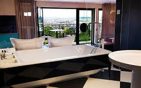 hotel avec bain a remous dans la chambre chambres d hôtel romantiques de pariscityvision