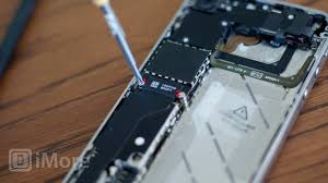 How to replace a cracked or broken screen on an iPhone 4S