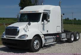 2005 Freightliner Columbia Semi Truck | Item L2877 | SOLD! J...