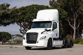 100 Used Freightliner Trucks For Sale Daimler Ships Out First Electric Semi Truck In