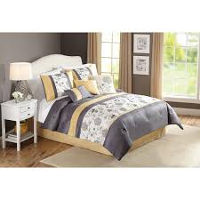Bed Comforter Set by Bedroom Charming Comforters At Walmart For Wonderfu Bed Covering
