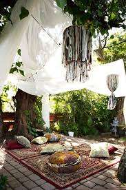 Plan A Boho Chic Party On Budget