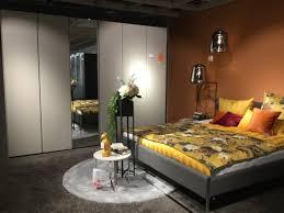 schlafzimmer neo hülsta lackseiden grau bett 180 x 200 xxxlutz planungswelten