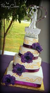 4 Tier Wedding Cake Bottom Is Yellow With Chocolate Custard And Strawberry Fruit Filling Next Up Vanilla