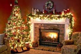 Rustic Christmas Tree And Fireplace Decor For
