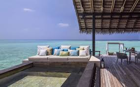 100 Reethi Rah Resort In Maldives This Stylish Beach Tote Is Spired By One Of The Best