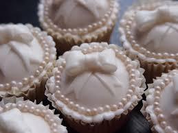 Bridal White Vanilla Cupcakes